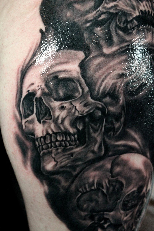 skullys2.JPG