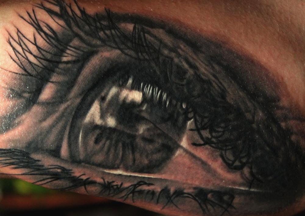 eyeban2.jpg
