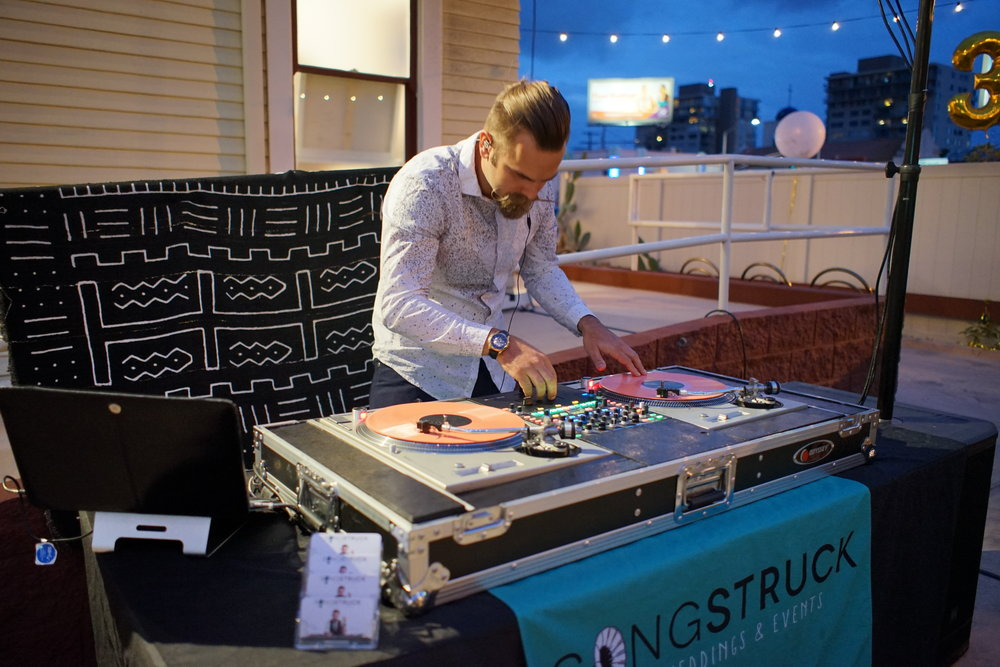 SanDiegoWeddingDJSongstruckSpinningTurntables