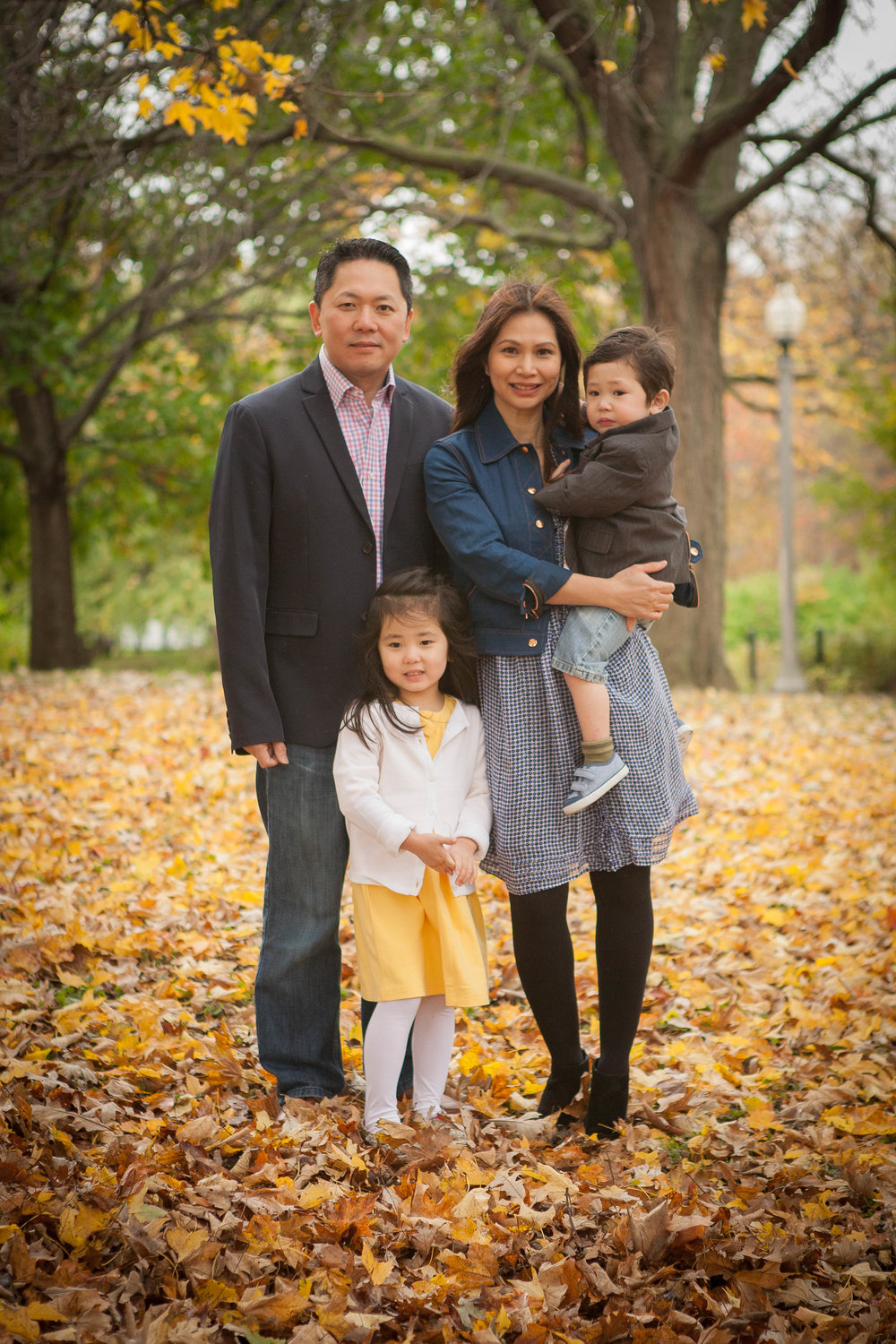 FAMILY PHOTOGRAPHER IN GOMPERS PARK CHICAGO