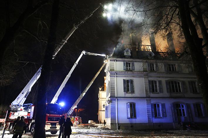 170118_incendie_chateau_divonneq12.jpg
