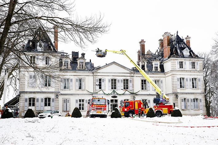 170119_incendie_chateau_divonneq01.jpg