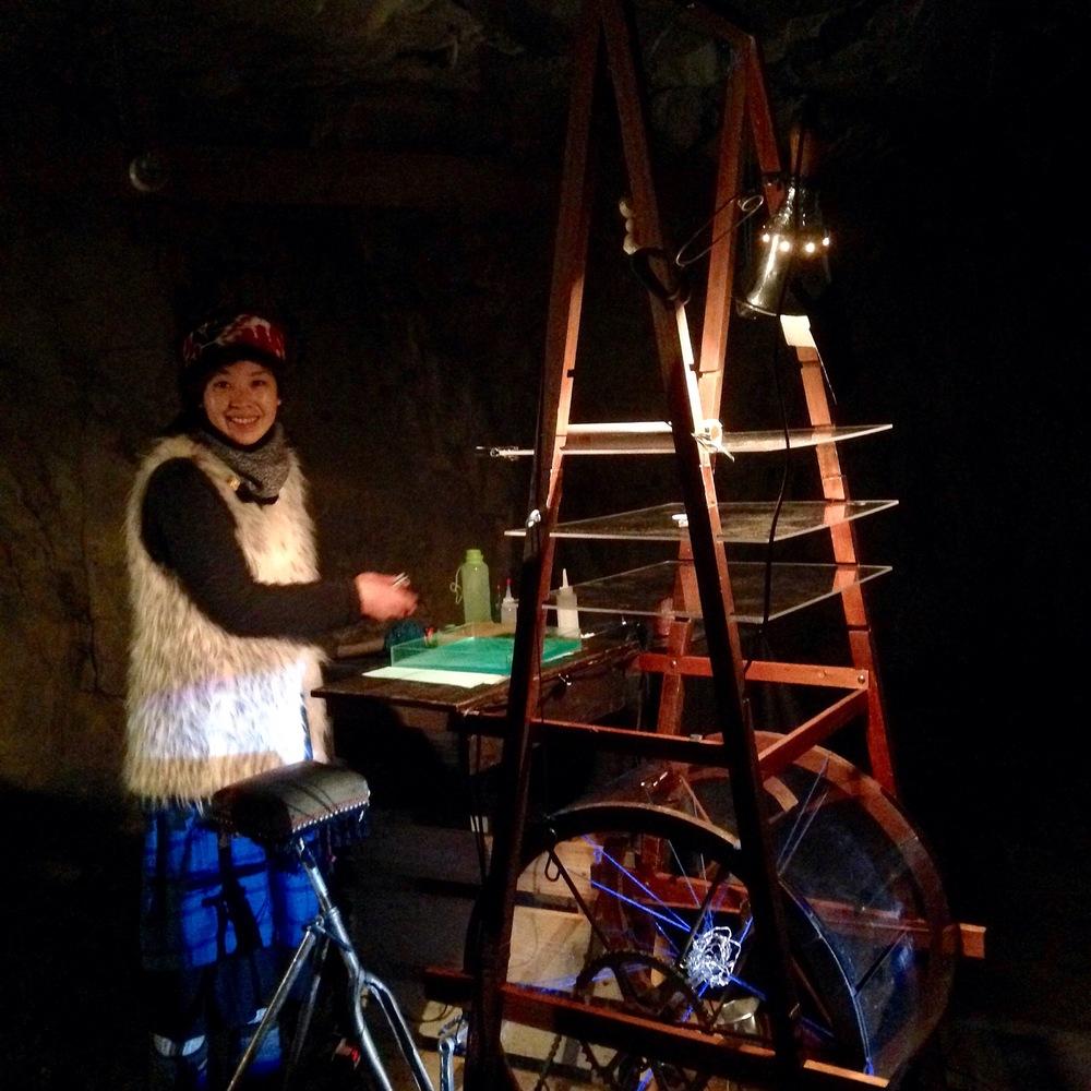 Den japanske kunstduo Usaginingen med prosjektet Visual Machine i Andersgrotta