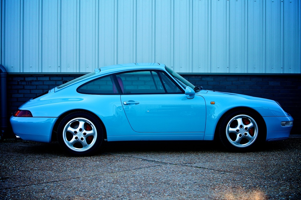 Blue Precision Porsche 993 respray