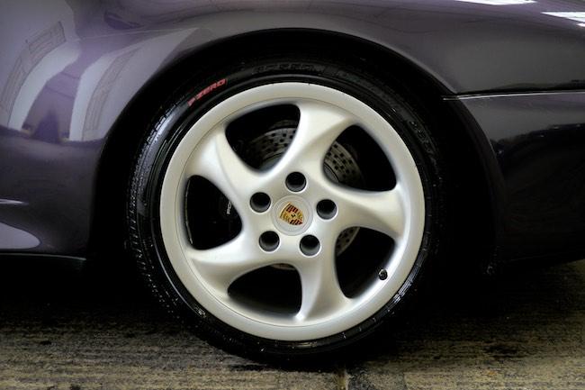 Porsche 993 wheel