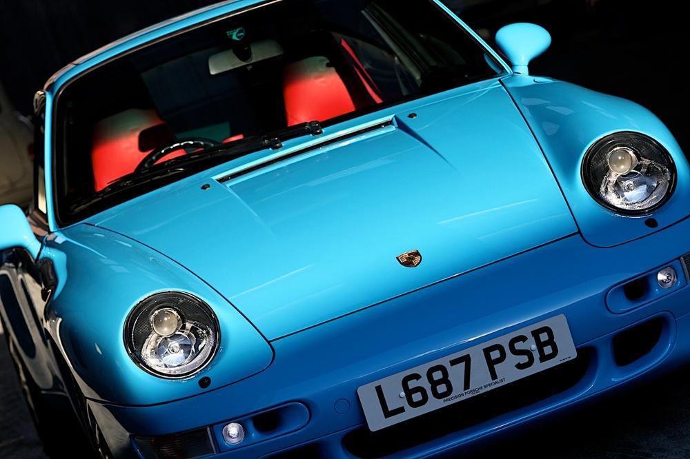 Porsche 993 Riviera Blue Coupe