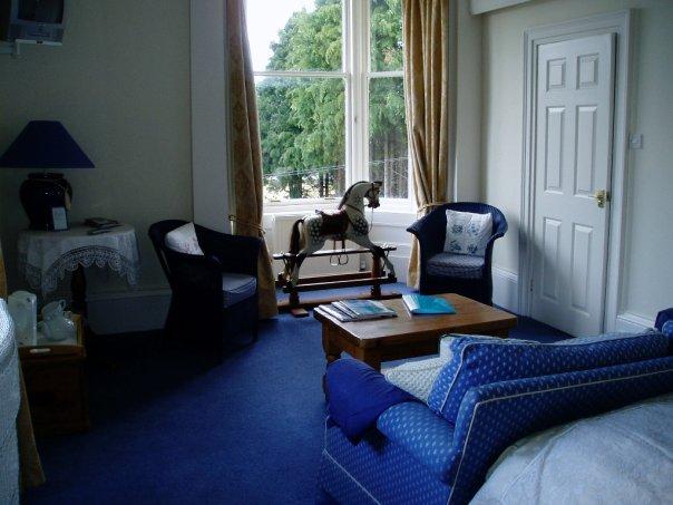blue_room_3.jpg