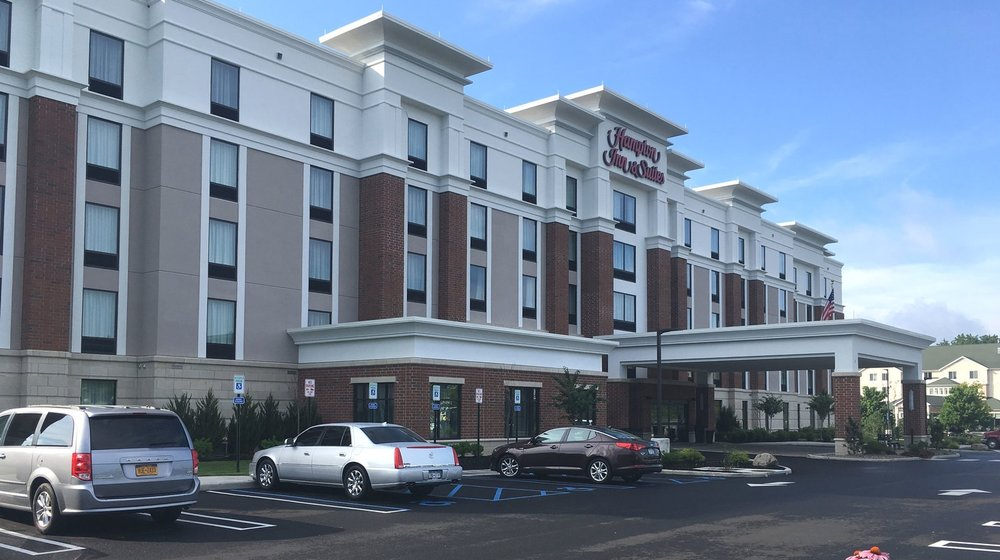 Hampton Inn & Suites - NEWBURGH, NY