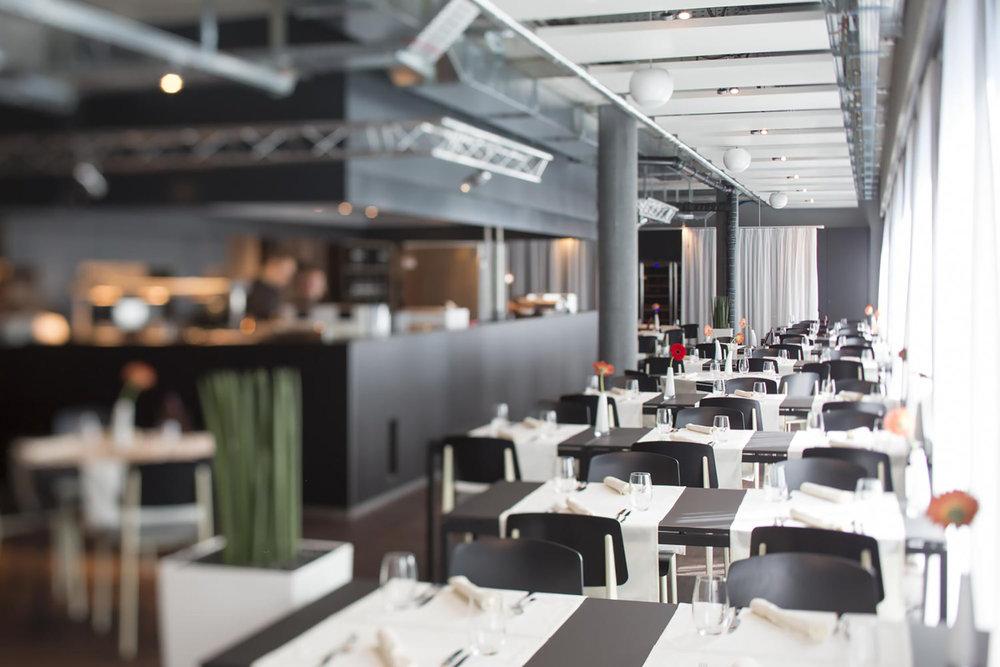 """Das Restaurant """"The Flow"""" in der Welle 7 in Bern. Chic, und mit einer sehr hohen Food-und Servicequalität."""