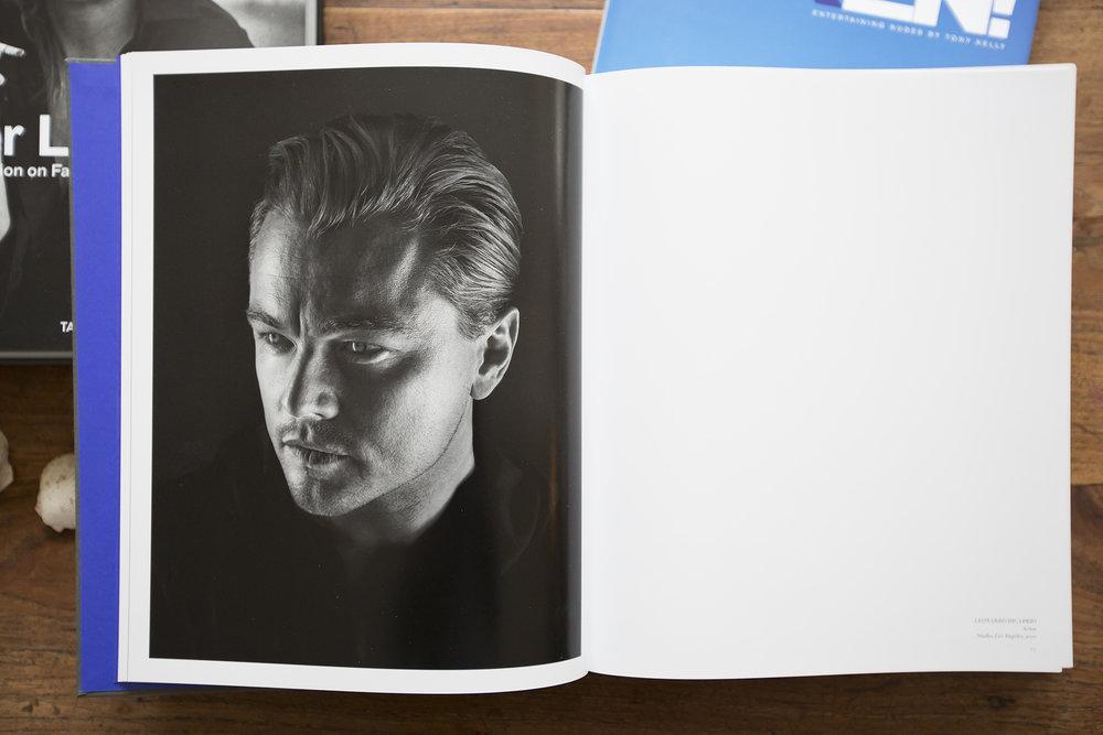 """Marco Grob mit """"Money People Politics"""" - für Portraits Fans ein geniales Geschenk."""