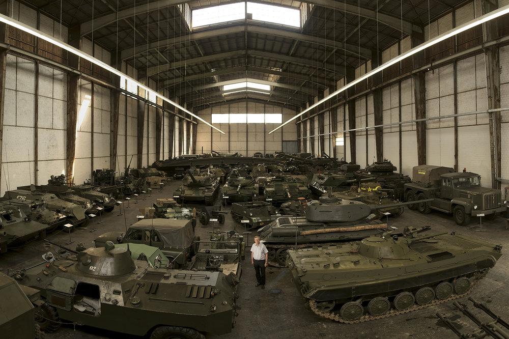 Nein nicht als Spielzeug. Er sammelt echte Panzer: Thomas Hug.