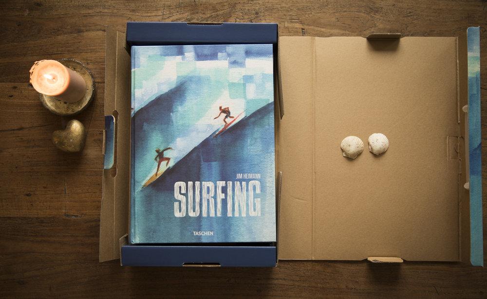 Surfing von Jim Heimann. Hätte ich es nicht schon, wäre das mein Weihnachtswunsch :-)!
