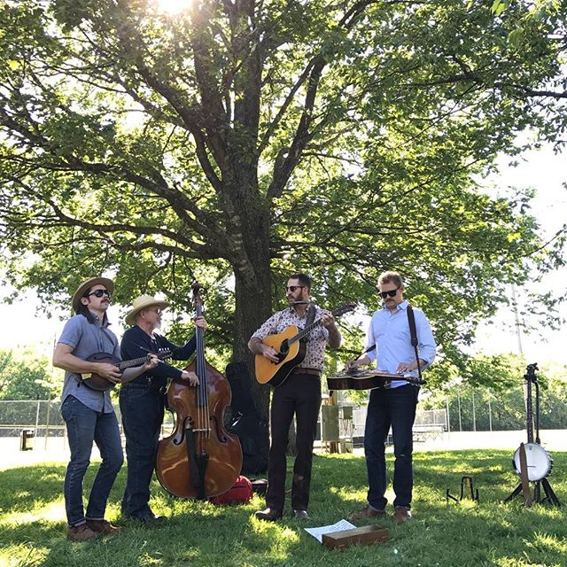 Tonight at 7 pm, Siloam's hardest working all-half-brother string band is back in their favorite back corner of a bar at @28springsrestaurant! If you missed us this weekend, you have another chance to miss us tonight. See you there! Or not!  Also, big thanks to the @waltonartscenter for taking such good care of us at the Trail Mix over the weekend, we had a blast!