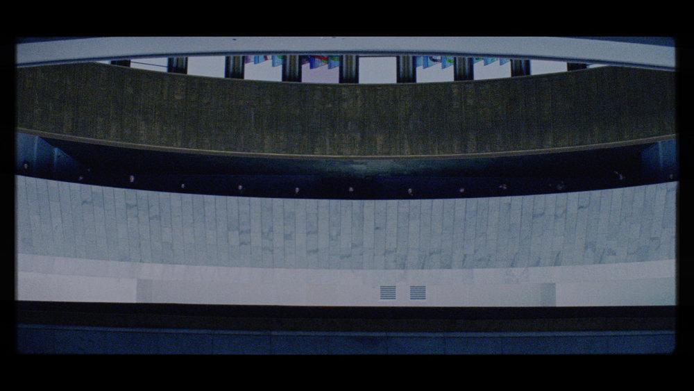 CineMag_068.02_23_26_24.Still151.jpg