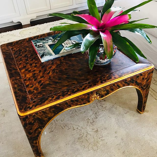Vintage @bakerfurniture crushing her new life in tortoise and gold leaf.  Never under estimate something cast off if you don't like the finish....this came from #craigslist 💥 #rethinkyourfurniture #fauxtortoise #gilding #eljfinefinishes #alwayshandpaint