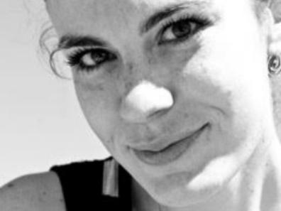 GIULIA FERRARA Dottore di Ricerca in Sociologia e Scienze Socialipresso l'Università La Sapienza di Roma. Dal 2009 collabora con l'Istituto di Ricerche Internazionali Archivio Disarmo nel ruolo di Junior Project Manager nei settori dell'educazione alla pace e allo sviluppo, cooperazione ed immigrazione. Contatta Giulia: giulia.ferrara@street-child.it