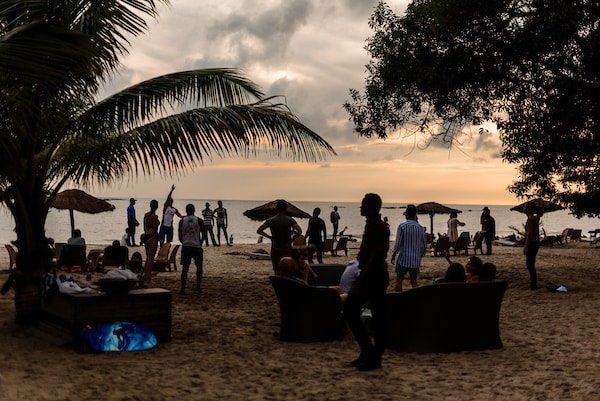 Spiaggia Sierra Leone.jpg