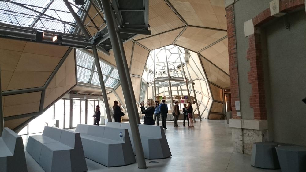 FRAC Interior