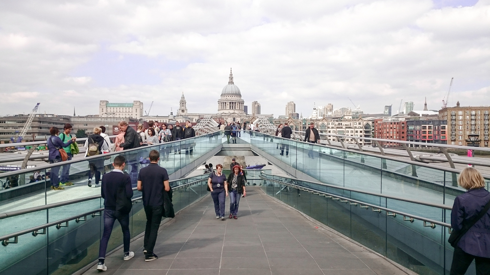 Millennium bridge - Foster + Partners