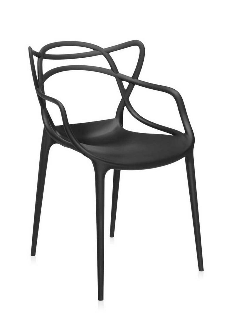 5x deze designstoelen kun je zowel binnen als buiten gebruiken