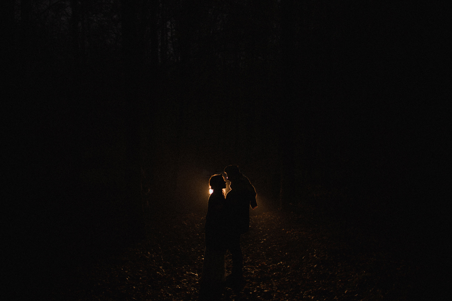 sesja-slubna-w-lesie-fotograf-slubny-poznan-046.jpg
