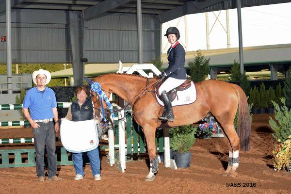 Lauren Hester and Wender topped the $10,000 EMO Jumper Classic in Pensacola.
