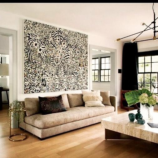 ZEBRA #painting @sally_bruno @valleyrockinn #home #decor #interiordesign #art #style #travertine #crushedvelvet #pillows #weekend #comfort #mountain #inn #hudsonvalley #ny