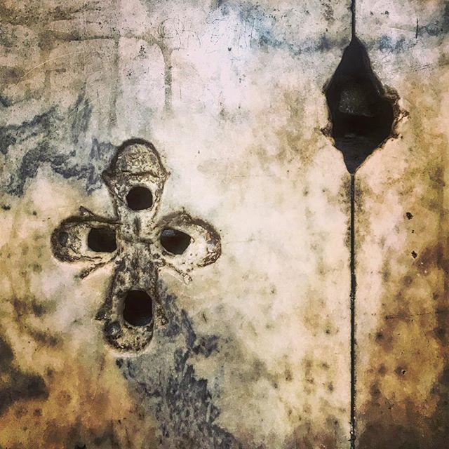 SYMBOL #cross #stone #survivor #greek #orthodox #ottoman #empire #hagiasophia #turkey #nyc #art #architecture #photography