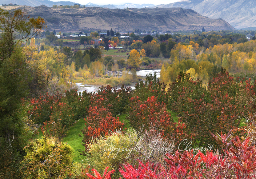 Fall Layers - Naches River Valley