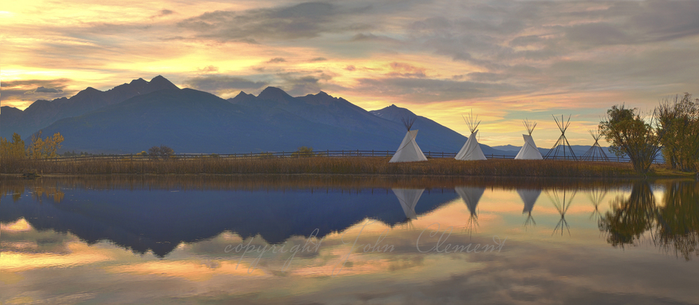 3 Teepees Sunrise