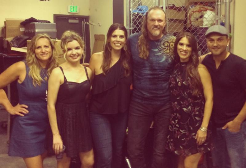 (l. to r.) - Farewell Angelina's Nicole Witt, Andrea Young and Lauren Lucas, Trace Adkins, Farewell Angelina's Lisa Torres and drummer David Rollins backstage at Thunder Mountain Amphitheatre in Loveland, CO.