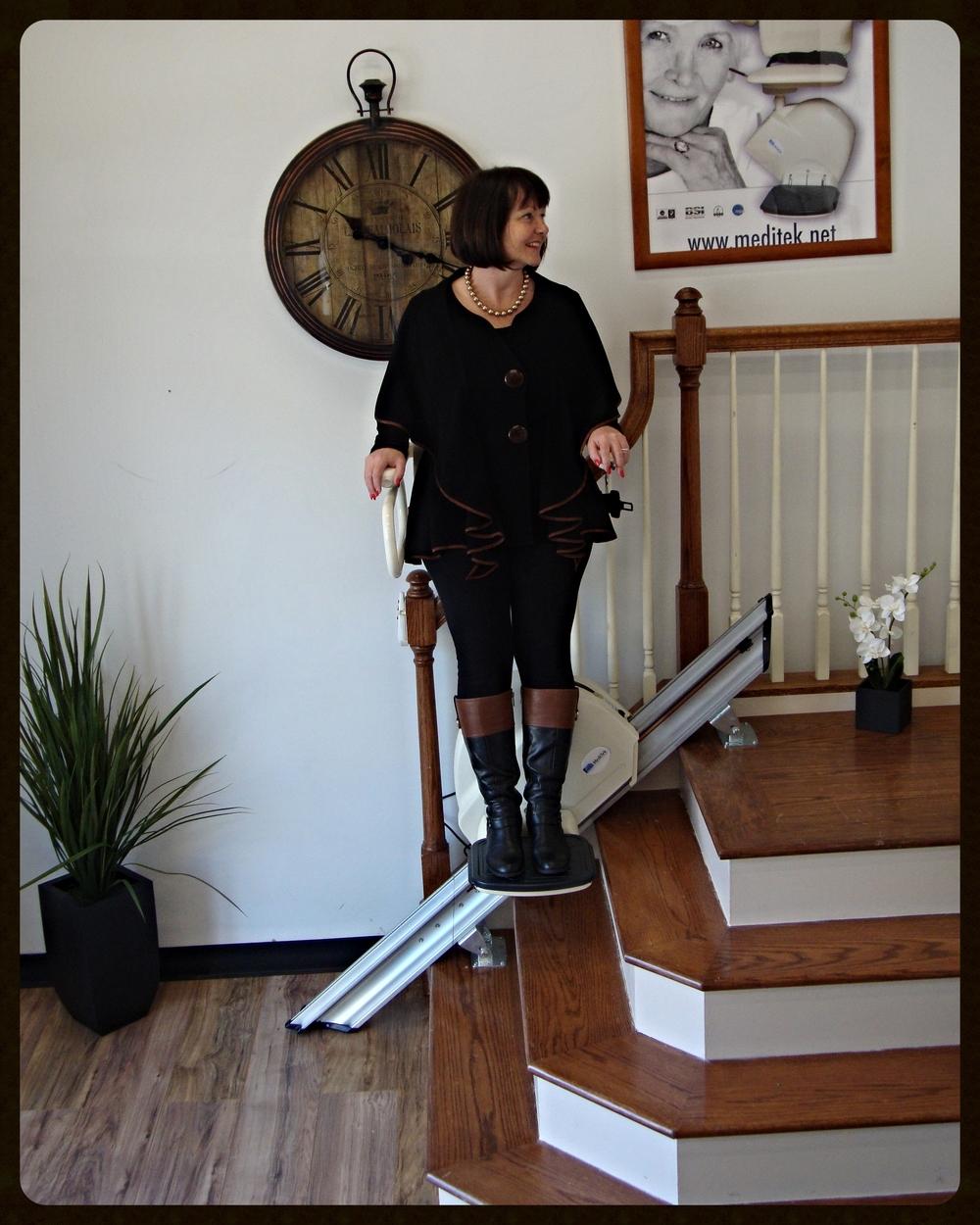 MediTek Stand & Perch Stairway Stairlift 005.JPG