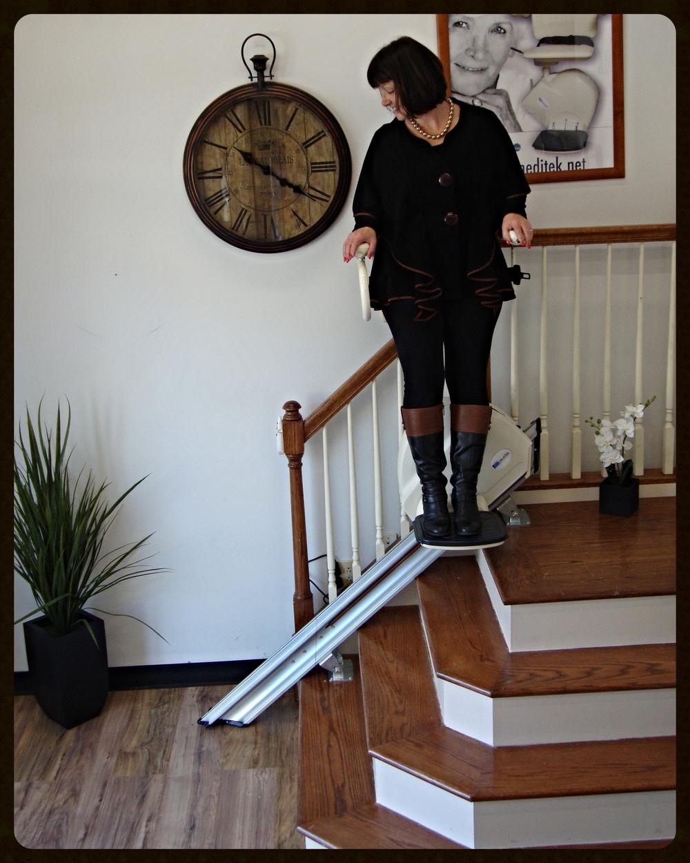 MediTek Stand & Perch Stairway Stairlift 023.JPG