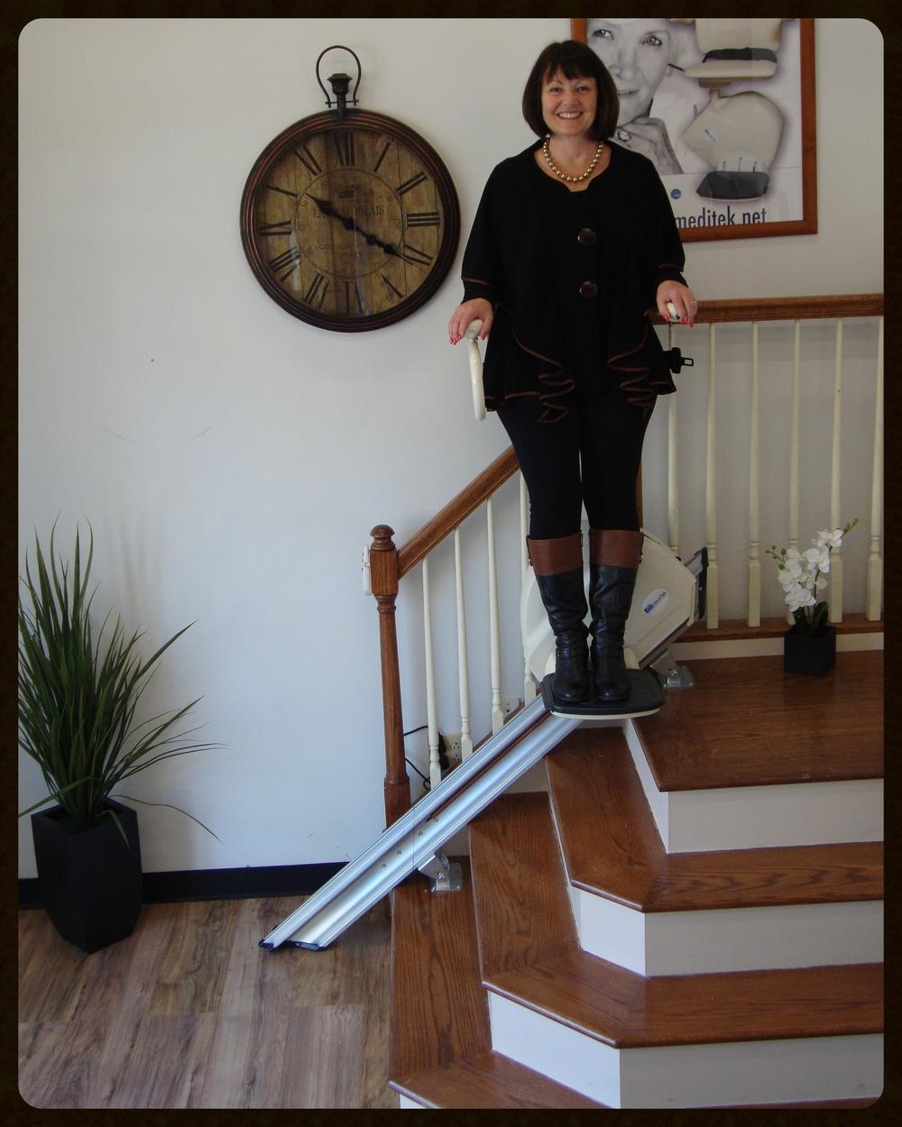 MediTek Stand & Perch Stairway Stairlift 024.JPG