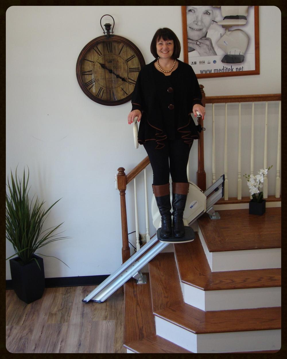 MediTek Stand & Perch Stairway Stairlift 025.JPG