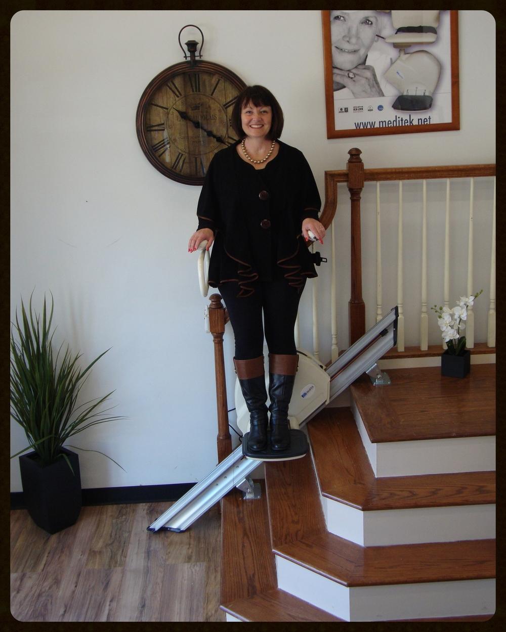 MediTek Stand & Perch Stairway Stairlift 026.JPG