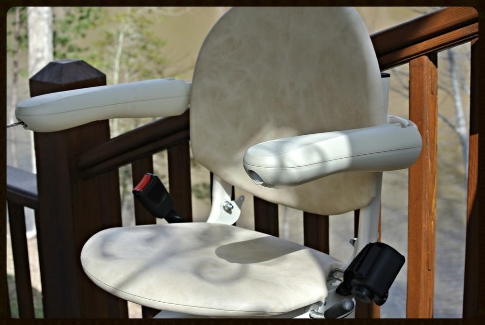 MediTek Stairlift Outside E120-2