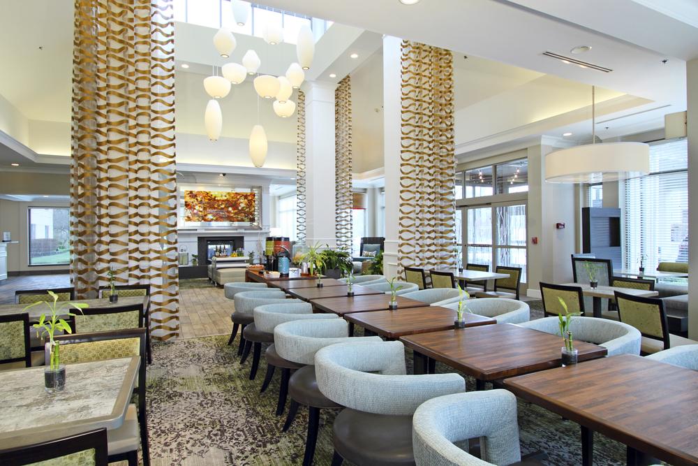 2016 HGI Restaurant and Lobby.jpg