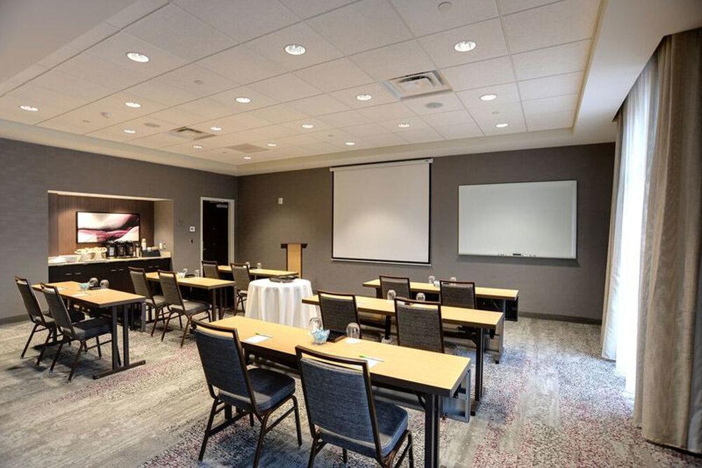 courtyard-marriott-meeting-room.jpg