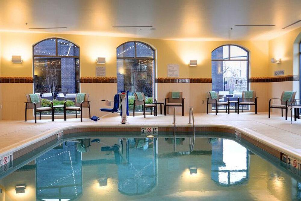 courtyard-marriott-pool.jpg