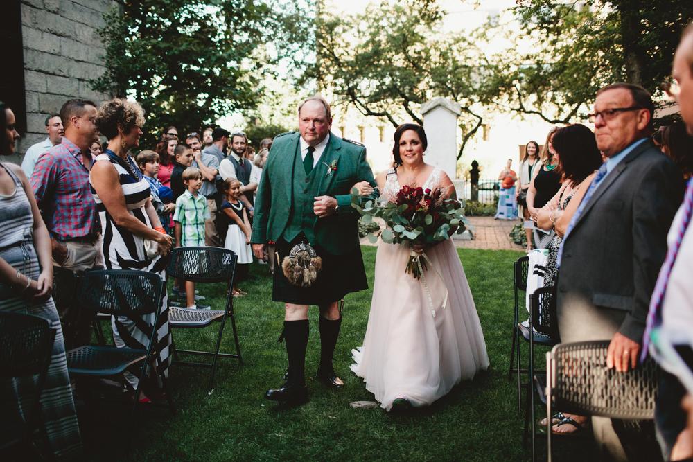Portland-Maine-Wedding-Photographer-35.jpg