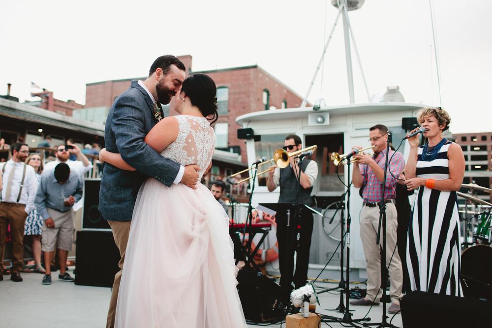 Portland-Maine-Wedding-Photographer-75.jpg