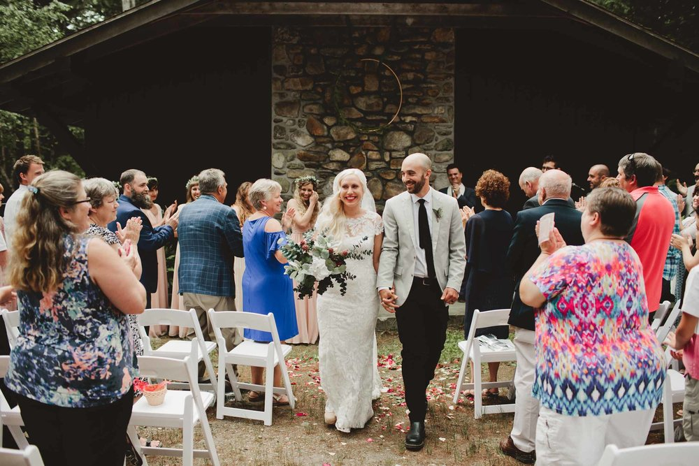 Woodsy-Maine-Wedding25.jpg