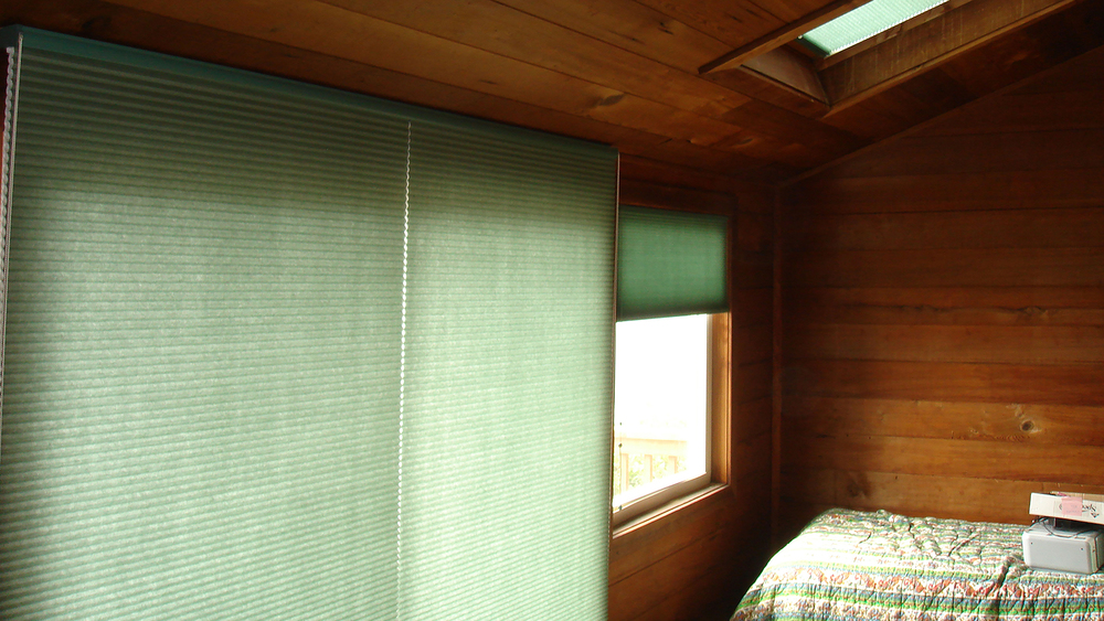 Woven Wood Shade with Trim Beads on Valance HD.jpg