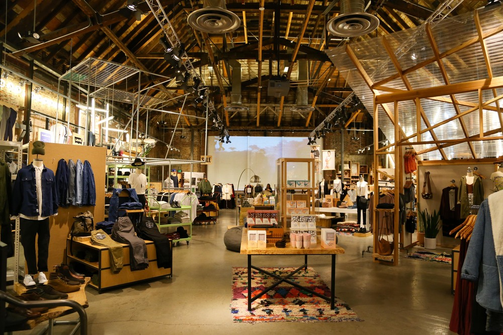 urban-outfitters-interior.jpg