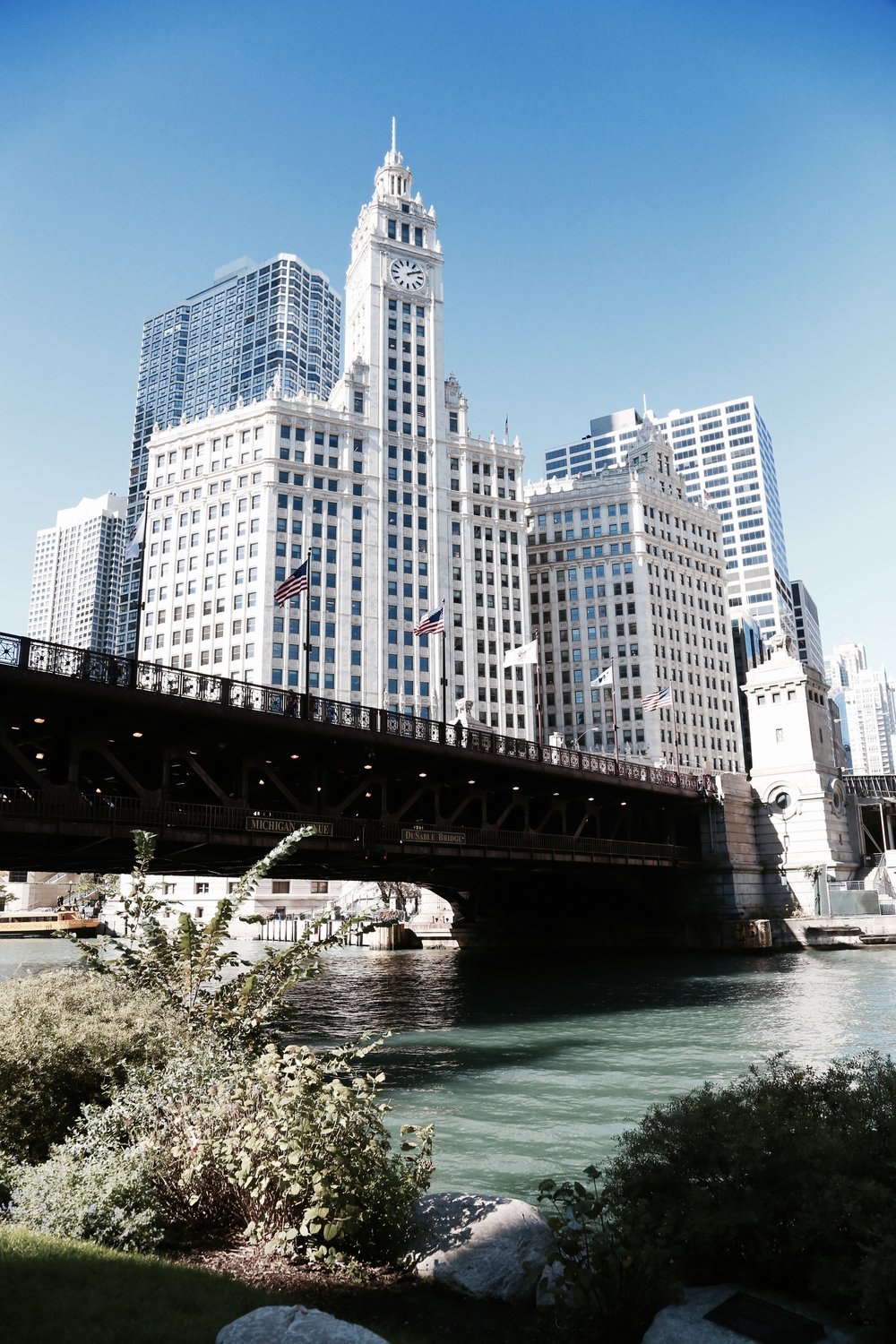 chicago-river-architecture-tour.jpg