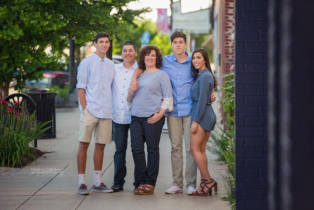 cstreet-family-photo-springfield.jpg
