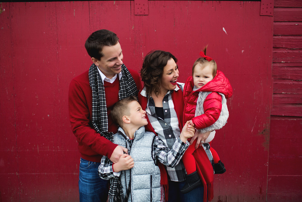 Seattle Christmas Tree Mini Photographer | Elena S Blair