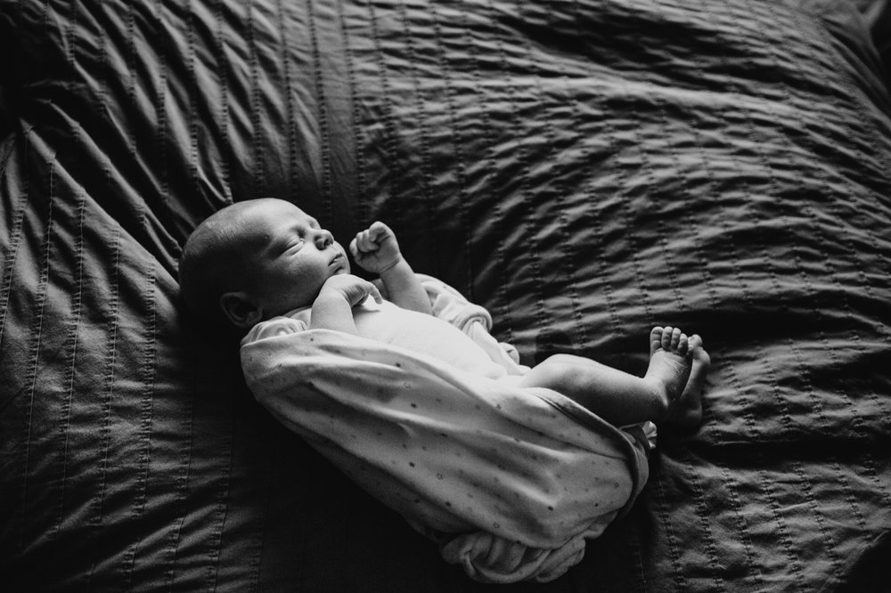elena blair seattle newborn photography baby daniel and family at home black and white