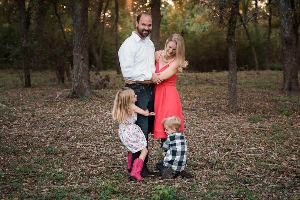 elena s blair family posing made easy online course | karissa michele